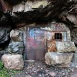 Apajalahden luolaston suu